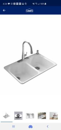 Photo New Kohler White Cast Iron Kitchen sink 33 x 22 - $210 (ARKANSAS CITY)
