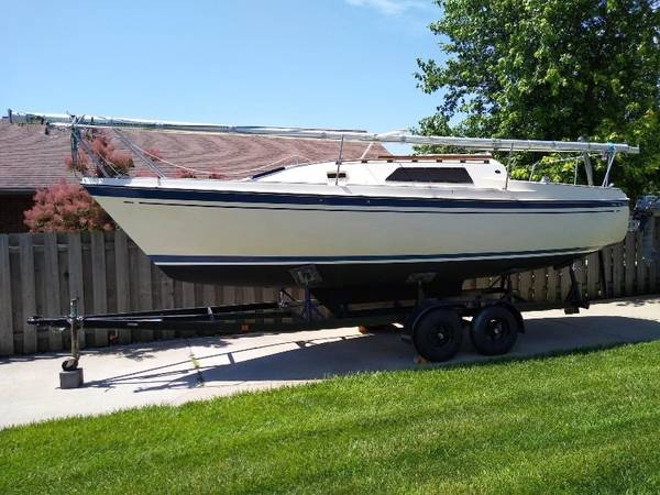 Photo O39Day 26 Sailboat with motor and trailer - $8,500 (McPherson, Ks)