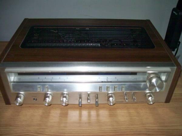 Photo PIONEER SX-3700 Stereo Receiver - $200 (Wichita)