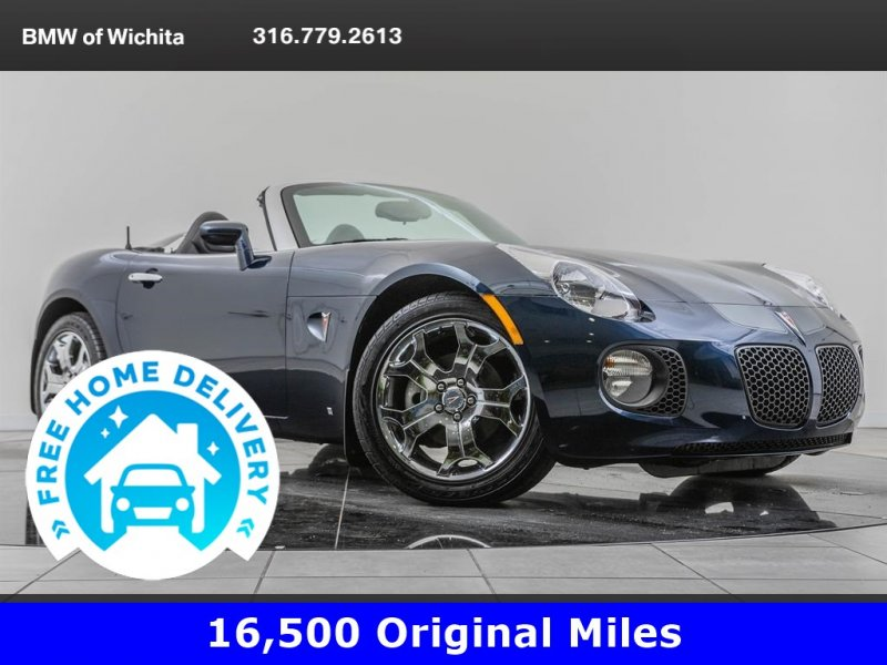 Photo Used 2007 Pontiac Solstice GXP Convertible for sale