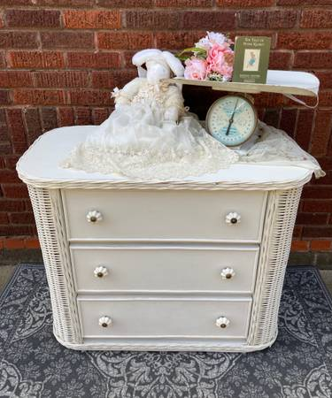 Photo Vintage White Wicker Baby Dresser or Changing Table - $195 (East Wichita)