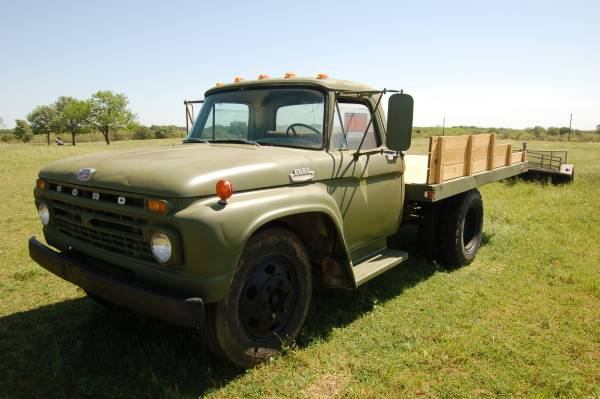 Photo 1966 FORD TRUCK Flatbed Dually - $6000 (henrietta)
