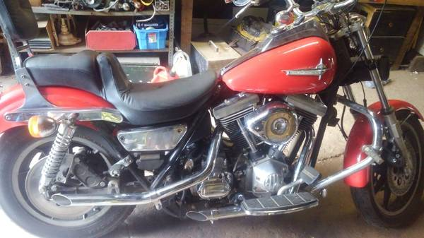 Photo 1986 Harley Davidson DYNA GLIDE FXRD MOTORCYCLE - $9,000 (owners home)