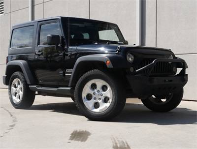 Photo 2014 Jeep Wrangler Sport 2 Door WSUPER LOW MILES - $21413 (PAYMENTS AS LOW AS $346 A MONTH W ZERO DOWN)