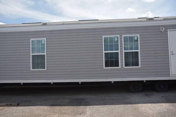 Photo 2017 Buccaneer Cavalier Mobile Home 14x64 - $25900 (Buccaneer Cavalier Mobile Home)