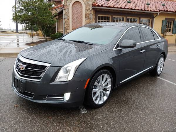 Photo 2017 CADILLAC XTS LUXURY SEDAN LOW MILES LEATHER NAV SUPER CLEAN - $20588 ($388.00 A MONTH WITH ZERO CASH DOWN)