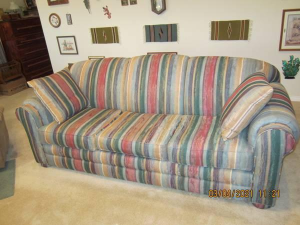 Photo Furniture sale - $1 (Iowa Park, Texas)