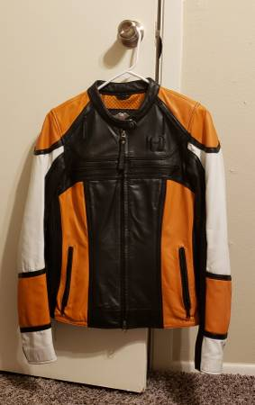 Photo Harley Davidson Women39s 3-1 Leather Jacket and Matching Leather Chaps - $200 (Wichita Falls, Tx)