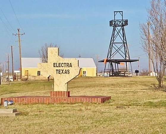 Photo I want to buy a fixer upper in Electra (Electra)