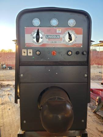 Photo Sa 200 lincoln welder - $6200 (Dean)
