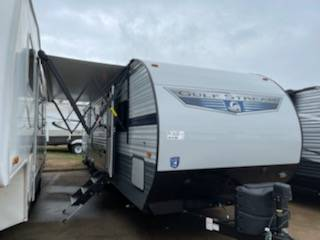 Photo bad creditall credit approved buy here pay here RV dealer (2021 Conquest Bunk House)