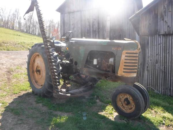 Photo 1955 Oliver Super 88 Gas with Original Side mount Sickle has 3 Point - $4,500 (Catawissa)