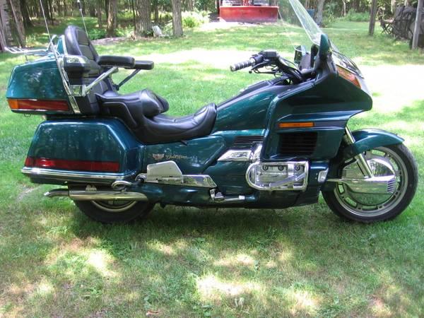Photo 1996 Honda Goldwing Aspencade - $3,700 (Dallas)
