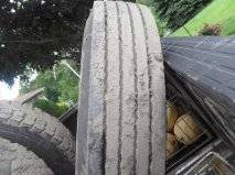Photo 1 Dunlop 10 R 22.5 Steering Tire like new - $75 (Northumberland Pa)