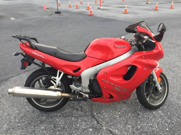 Photo 2002 triumph 955i - $2,500 (Harrisburg)