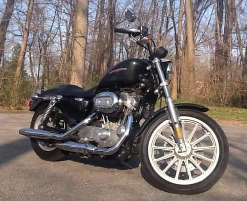 Photo 2006 Harley 883 Sportster XL883L - sale pending - $4,200 (Lock Haven)