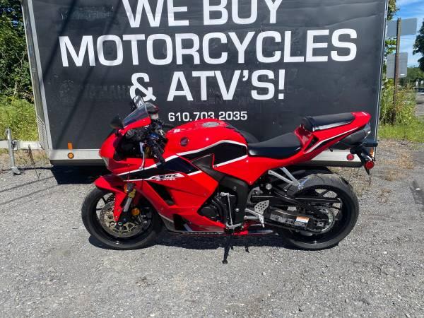 Photo 2018 Honda CBR 600 RR  Only 1000 Miles Easy Financing - $9,999 (ibuypowersportsinc)