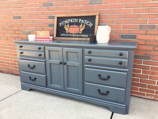 Photo Dresser - Chest of Drawers Server Cabinet - Credenza - Buffet - Wood - $260 (Montoursville)