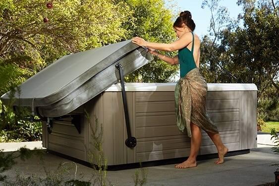 Photo Hot Tub Cover Sale New in Box (williamsport)