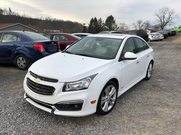 Photo JUST IN 2015 CHEVY CRUZE LTZ RS ONLY 87K MILES TRADES WELCOME - $9,995 (DEALZ ON WHEELS LLC MIFFLINBURG PA)