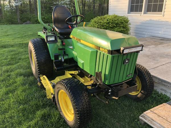 Photo John Deere 955 For Sale with 60C mower deck 70A loader Snow plow - $11900