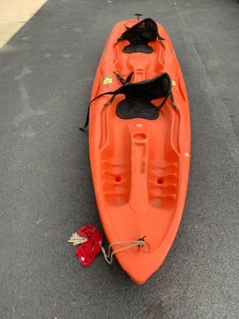 Photo Mainstream Tandem Kayak - $500 (Shermans Dale)