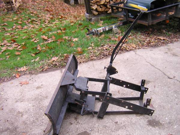 Photo Snow Plow for riding mower - $50 (DANVILLE)