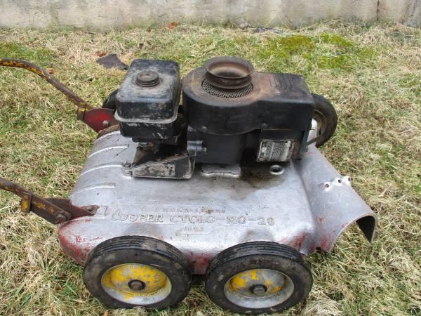 Photo Vintage Cooper Cyclo Mo Lawn Mower - $50 (Orangeville)