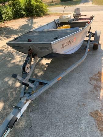 Photo 14 Ft Jon Boat - $1,750 (Wilmington)