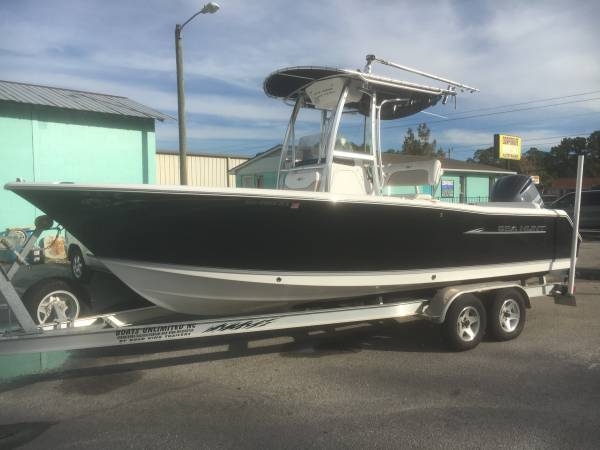 Photo 2013 SEA HUNT 234 ULTRA CENTER CONSOLE W 250 HP YAMAHA 4 STROKE, TRLR - $40995 (Carolina Beach)