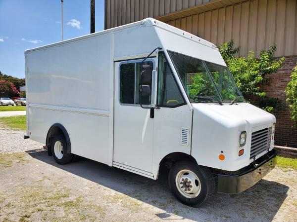 Photo 2014 Ford E350 Step Van - Low Miles - $42,900 (Wilmington)