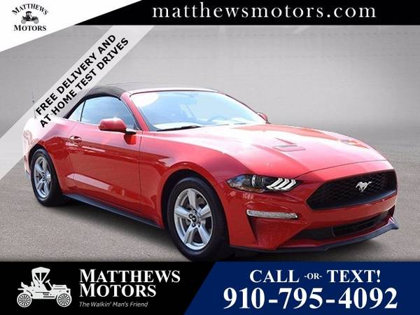 Photo 2019 Ford Mustang EcoBoost Convertible (Ford Mustang Convertible)