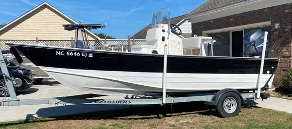 Photo 20 ft STRIKER 33 ALUM. CAT - $17,500 (CAROLINA BEACH)