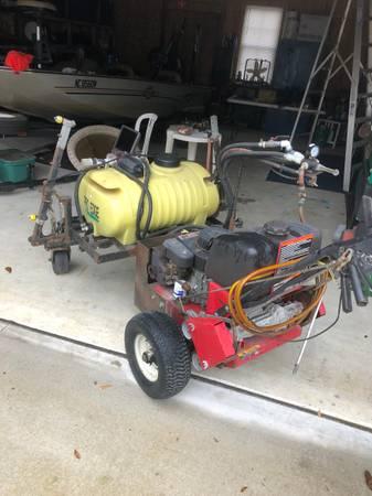 Photo 25 Gallon Pro Edge Self Propelled Turf Sprayer For Sale - $1,200 (28457)