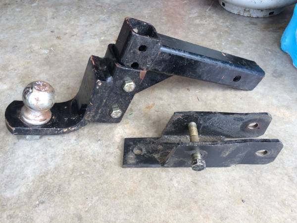 Photo 2quot Hitch  Ball - Adjustable Height, 5000 trailer weight, 500 tongue - $45 (Wilmington - S. College at Pine Valley)