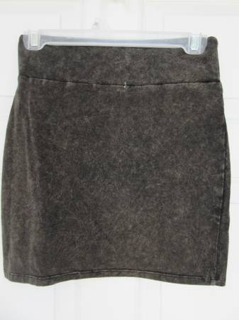 Photo American Eagle Acid Wash Bodycon Mini Skirt Ladies Size XS Brand New - $10 (Surf City)