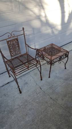 Photo Cast iron chair and table - $65 (Wilmington)