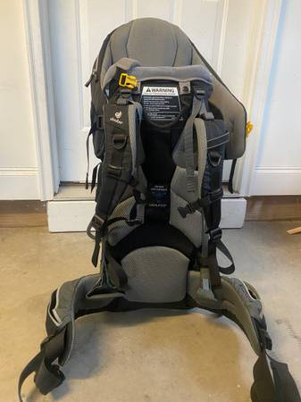 Photo Deuter kid comfort hiking carrier - $100