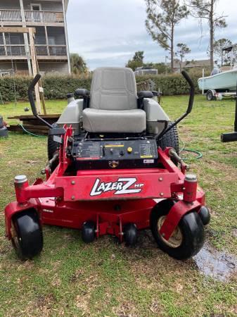 Photo Exmark Lazer Z 48 Commercial Zero Turn Mower - $3000 (Sneads Ferry)