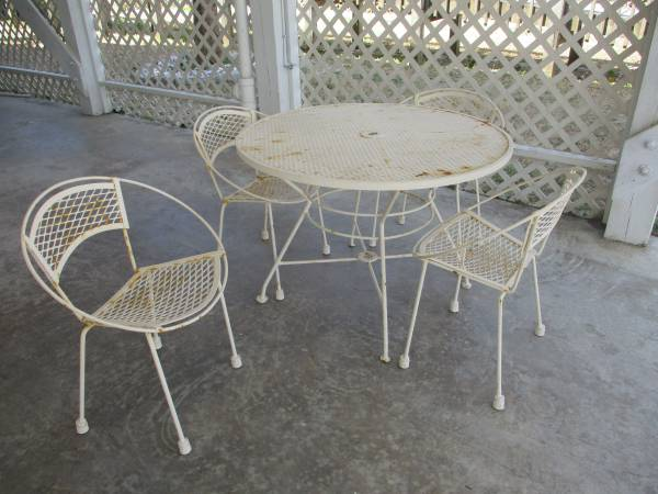 Photo Expanded Mesh Wrought Iron Table, Chairs, Loveseat and Small Table - $150 (Holden Beach)