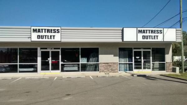 Photo HALLOWEEN-BLACK FRIDAY MATTRESS CLEARANCE SALE - $119 (4607 WRIGHTSVILLE)