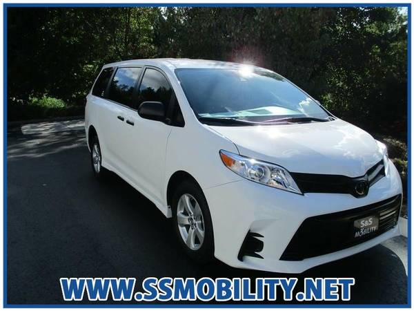 Photo HANDICAPWHEELCHAIR ACCESSIBLE VAN - 2020 TOYOTA SIENNA L - $46988 (Handicap Wheelchair Accessible Vans)