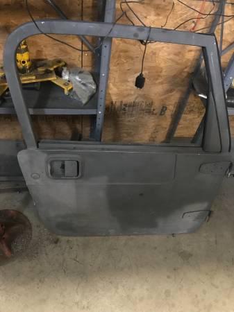 Jeep Wrangler Tj Full Doors 700 Wilmington Auto Parts Sale Wilmington Nc Shoppok