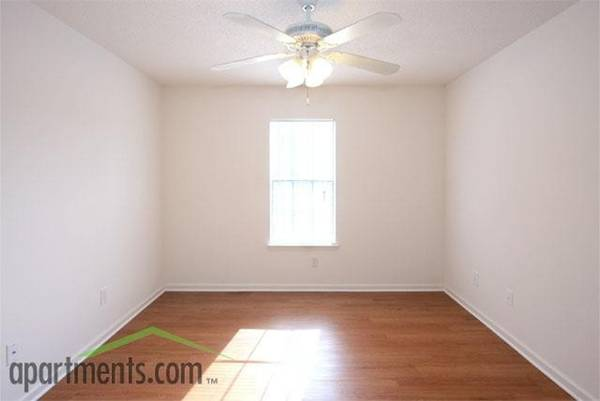 Photo Let us be first to say Welcome Home - HR 3 Bed