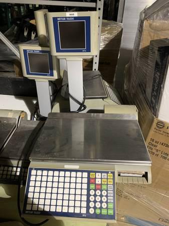 Photo Mettler Toledo Price Computing Scale - $750 (Wilmington)