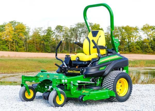 Photo New John Deere 2021 Z 950 zero turn mower - $11,500 (Cameron)