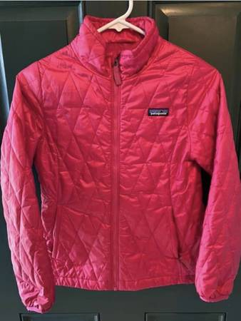 Photo Patagonia nano puff - $40 (Wilmington)