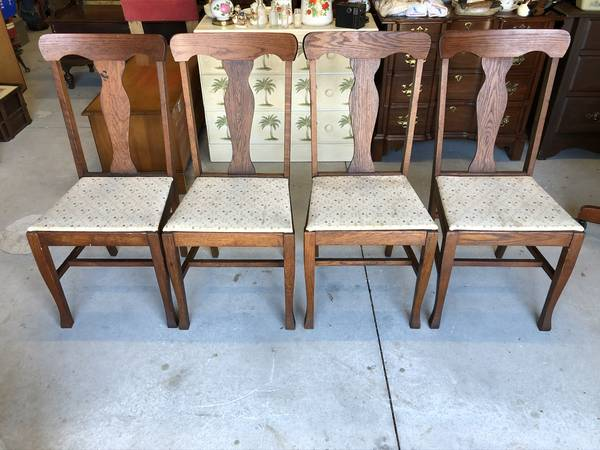 Photo Set of 4 Antique Oak Dining Chairs - $125 (Wilmington)