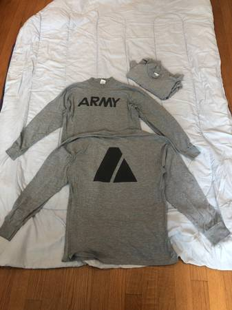 Photo Used Long-sleeve Army PT Shirts - $3 (Wilmington)