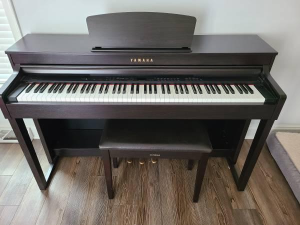 Photo Yamaha Clavinova CLP-430 digital piano - $1,200 (Columbus County)